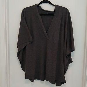 Old Navy dolman sleeved grey vneck sweater